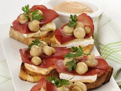 and another sample image Finger Food Appetizers, Appetizers For Party, Appetizer Recipes, Antipasto, Bruschetta, Mexican Food Recipes, Italian Recipes, Ethnic Recipes, Menu