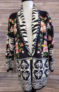 Black floral Sweater Cardigan Hand Knit Jennifer Reed Jacket Medium #JenniferReed #Cardigan