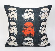 La funda más cotizada del Imperio Galáctico. | 27 Objetos de Star Wars que necesitas en tu vida de inmediato