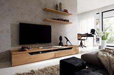 Lowboard aus Holz setzt den Flachbildschirm in Szene-Carva von Hülsta Werke