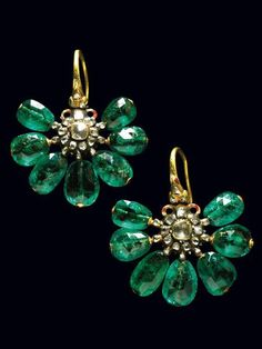 Seventeenth Century Ottoman emerald earrings, Pair of very rare enameled gold earrings with emeralds and small diamonds. Ottoman, c. 1690. A very similar example is exhibited in the Top Kapi museum Istanbul.