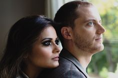 Photography by 2Afora / Mario & Karen / www.doisafora.com  #prewedding #wedding #couple #lovers #details #londrina #precasamento #casais #ensaio #modelos #eyes #smile #sorriso #janela #window #windowlight #luzdejanela