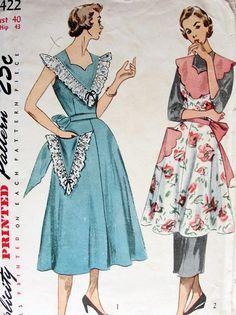 1950 PINAFORE APRON PATTERN 2 PRETTY STYLES SIMPLICITY 3422