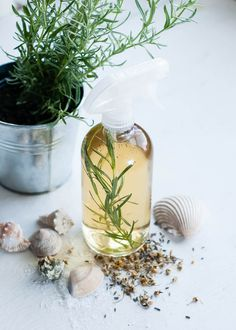 DIY natural sea spray for hair with essential oils for hair health and growth