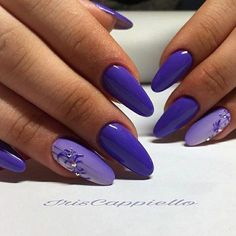 Nail art Christmas - the festive spirit on the nails. Over 70 creative ideas and tutorials - My Nails Ongles Gel Violet, Nail Art Violet, Purple Nail Art, Blue Nails, Violet Pastel, Nail Art Designs, Purple Nail Designs, Gorgeous Nails, Pretty Nails