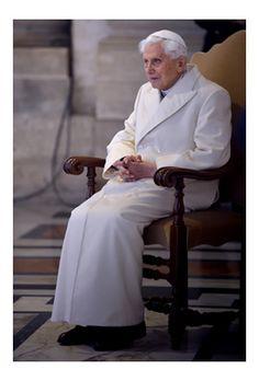 Full text of Benedict XVI's recent, rare, and lengthy interview Friend Of God, Juan Pablo Ii, Pope Benedict Xvi, Church News, Lady Of Fatima, Pope John Paul Ii, Catholic Prayers, Faith Prayer, Pope Francis