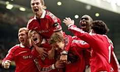 Photo of the Day: January 24 FA Cup - Fourth Round - Manchester United 2 - 1 Liverpool. Manchester United's Paul Scholes, David Beckham, Roy Keane, Andy Cole and Ryan Giggs celebrate Ole Gunnar Solskjaer's winning goal. Click through for full size. Manchester United Players, Roy Keane, Bobby Charlton, Michael Owen, Sir Alex Ferguson, Premier League Champions, Old Trafford, Sports