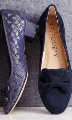 Loafer flats with a ladylike front bow and flattering pointed toe.