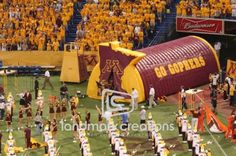 Inflatable Sports Tunnel: Golden Gophers University of Minnesota #golphersfootball #football #college #inflatables