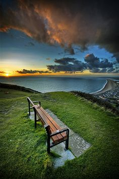 Can't be standing up here in the cold when there's footie on the telly - I'm gone ! Petervanallen via Flickr. Would much rather be up there than watch football!! Portland, Dorset, UK