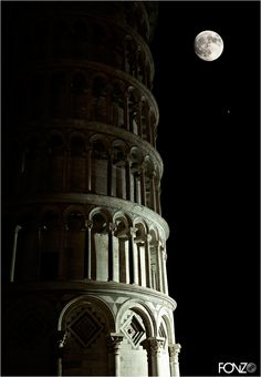 Pisa Italy, Silent Night, City Photography, Cinematography, Mary, Display, Group, Black And White, Iphone