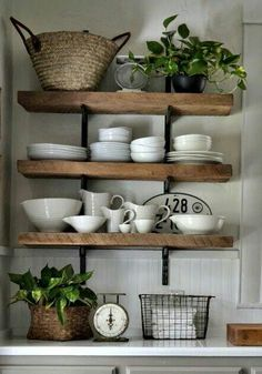 Obsessed w these shelves