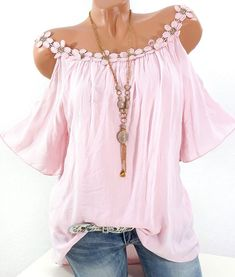 Lace Cold Shoulder Short Sleeve Plus Size Blouse can cover your body well, make you more sexy, Newchic offer cheap plus size fashion tops for women. Mode Hippie, Bohemian Mode, Shirt Bluse, Cold Shoulder Blouse, Shoulder Tops, Mode Outfits, Plus Size Blouses, Look Fashion, Womens Fashion