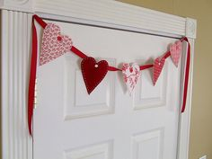 Valentine Decorations. Simple and Cute!