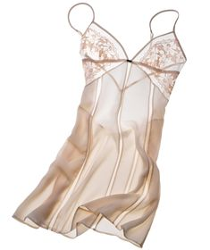 Sparks will fly with these flirty, honeymoon-ready pieces. Check out 10 lingerie sets by La Perla, Forty Winks, and more -- perfect for your wedding night.