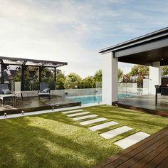 Currently on display in Glen Waverley VIC, the impressive exterior of the Designer by Metricon Sovereign speaks volumes about the luxury… Swimming Pool Designs, Swimming Pools, Pool Houses, Spring Cleaning, The Hamptons, Pergola, New Homes, Backyard, Exterior