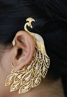 Golden American Diamond Studded Ear Cuff: JTA838