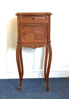 FRENCH VINTAGE POT CUPBOARD - MAKE A GREAT BEDSIDE TABLE