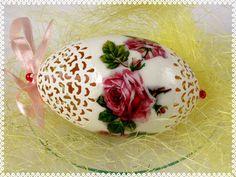 Pisanka+ażurowa++z+różyczką+2+-+Art+Emi+w+Art-Emi+na+DaWanda.com Decoupage, Pudding, Easter, Tableware, Desserts, Eggs, Food, Art, Tailgate Desserts