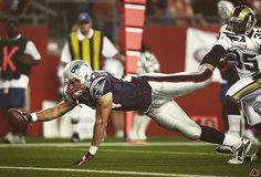 Throwback to Gronk's first touchdown to celebrate the 6 years he's been a patriot