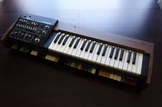 MATRIXSYNTH: Roland SH-1000 with Original Case