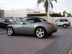 have one of these cars.... 2006 Pontiac Solstice in this grey color