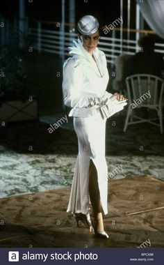 Francesca Annis, Pictures Of Prince, Classic Beauty, Actors & Actresses, Moon, Style Inspiration, Statue, Stock Photos, Female Celebrities