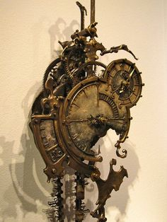 Mechanical Clock 6 by Eric Freitas. Steampunk October 2009 - 21 February The first museum exhibition of Steampunk art. An international show curated by American artist and designer Art Donovan. At the Museum of the History of Science, Oxford, England. Chat Steampunk, Design Steampunk, Steampunk Kunst, Style Steampunk, Steampunk Clock, Gothic Steampunk, Steampunk Fashion, Victorian Gothic, Steampunk Clothing