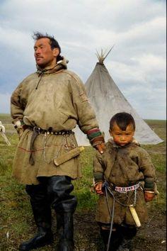 Nenetler - Nyenyecek - Ненцы - Nenets people. Notice the tepee is similar to the tepee of north American indigenous people and the tepee of the Sami people of Scandinavia.