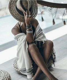 Beach outfits summer street style inspiration fashion style - The Effective Pictures We Offer You About Beach Outfit gorditas A q Bohemian Mode, Hippie Chic, Boho Chic, Street Style Inspiration, Mode Inspiration, Fashion Inspiration, Outfit Strand, Böhmisches Outfit, Foto Casual