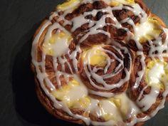 Bolle-kake med kanelfyll og vaniljekrem