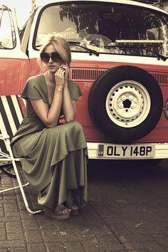 VW T2 van girl in green dress http://caravaning-univers.com/ #accessoire #camping #car accessoire #caravane #RV #vw # volkswagen bus #kombi