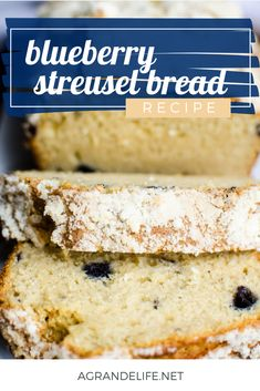 Topped with a streusel topping, this quick bread is sure to be a breakfast and snack favorite. Yummy Treats, Delicious Desserts, Dessert Recipes, Best Bread Recipe, Bread Recipes, Blueberry Bread, Streusel Topping, Quick Bread, How Sweet Eats