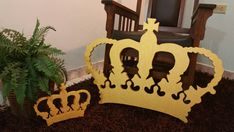King Crown by StyrofoamArtDesign on Etsy Crown Pictures, Royal Party, Hollywood Party, Kings Crown, Decorate Your Room, Party Centerpieces, Baby Boy Shower, Party Themes, Etsy Seller