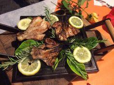 Cucina - piatto tipico siciliano al resort dell'etna