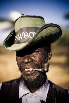 African cowboy in Ethiopia We Are The World, People Around The World, Afrique Art, Black Cowboys, Cowboys And Indians, Perfect Image, Portraits, Interesting Faces, Male Face