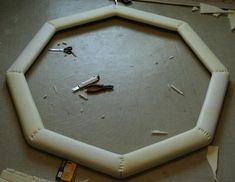 How to Build a Good Poker Table (16 pics)
