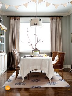 dining room Farrow And Ball Lamp Room Grey, Beautiful Dining Rooms, Farrow Ball, House And Home Magazine, Decoration, Paint Colors, Color Schemes, Colours, Curtains