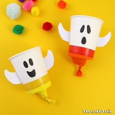 Make some cute and friendly ghost pom pom poppers as a fun Halloween craft for kids. Pom pom poppers are simple to make and are a cool DIY toy!