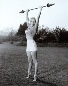 Need a little workout motivation?? Marilyn Monroe lifting weights:: Marilyn Monroe Exercising