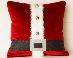 Christmas PIllow with Gingerbread Men Candy by ComfortsofHomeDecor