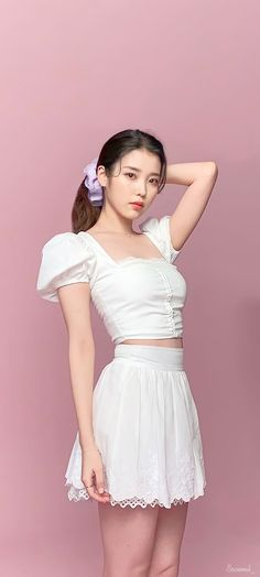 Kpop Girl Groups, Kpop Girls, Lee Sung Kyung Photoshoot, Sulli, Iu Fashion, Iphone Wallpapers, Cute, Idol, Korean