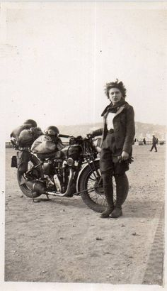 prev pinner: Girl and her motorcycle ~vintage fashion style photo print found leather jacket riding pants boots casual sports wear ? Motos Vintage, Vintage Biker, Vintage Mode, Lady Biker, Biker Girl, Harley Davidson, Biker Chick, Classic Bikes, Vintage Motorcycles