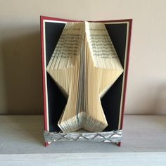 Book Folding Pattern, Book Art, Book Origami -Star, by ThePageTurnerCompany on Etsy