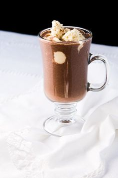 Keto Bulletproof Hot Chocolate 2g net carbs #ketohotchocolate #bulletproof #lowcarbchocolate