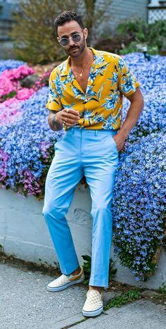 Floral Shirt Outfit, Mens Printed Shirts, Mens Floral Shirts, Summer Outfits Men, Outfit Summer, Trendy Outfits, Summer Shirts, Menswear, Mens Fashion