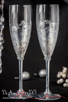 Silver and Gray Personalized Wedding Set Champagne Flutes, Wedding Toasting Flutes Set, Flute Engraved Champagne Glasses, Server Gift Set Winter wedding, champagne flutes, silver lace, frosty wedding, toasting glasses, personalized, bride and groom, christmas, crystals 2pcs Cheers to 25