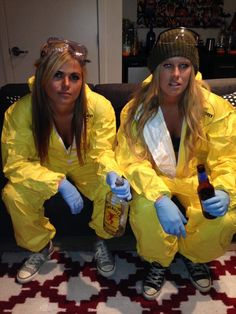(Halloween a very sexy walt and jesse - The Total Frat Move Archive Breaking Bad Halloween Costume, Breaking Bad Costume, Themed Halloween Costumes, Halloween 2013, Halloween Birthday, Couple Halloween, Holidays Halloween, Girl Costumes, Costumes For Women