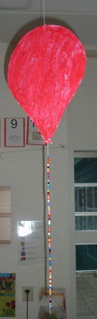 Ballon knutselen voor Clowntje Pietje (lied) http://www.juf-joyce.nl/thema3.php3?thema=Circus=Liedjes%20en%20Versjes