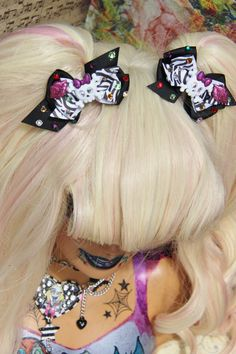 Toxis kiss Sugar Skull Cupcake Bow Set by SideShowCouture on Etsy, $12.00